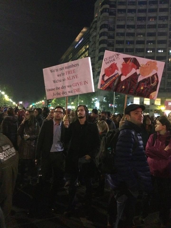 proteste-bucuresti-CORUPTIA UCIDE