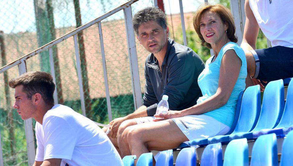 Carmen Johannis & antren tenis