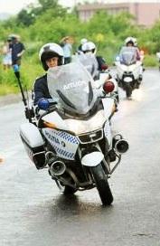 politisti-motocicleta 3